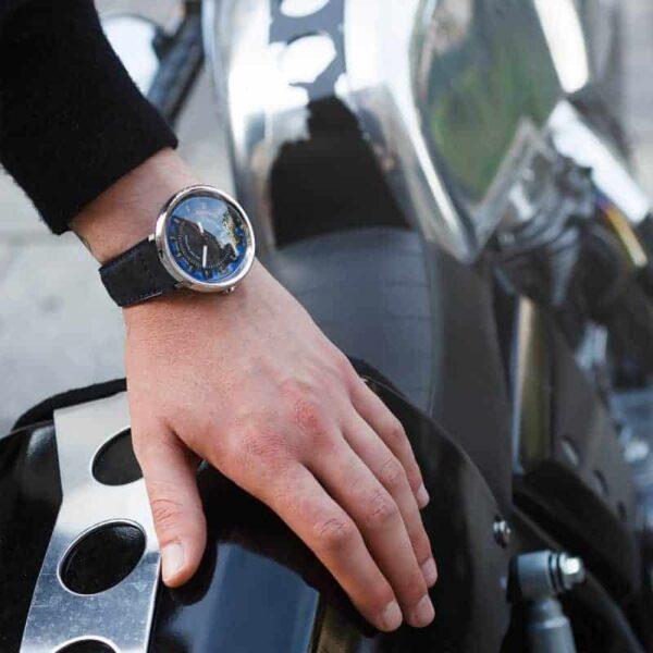 watch and motorbike, montre et moto