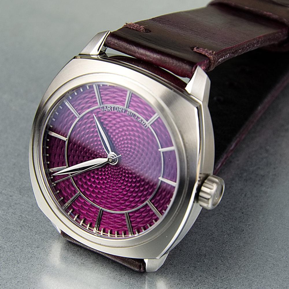 purple dial watch, montre cadran violet
